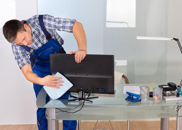 Un travail de nettoyage bureau professionnel avec la plus grande efficacité